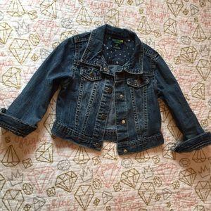 Adorable jean jacket for little girls!💕